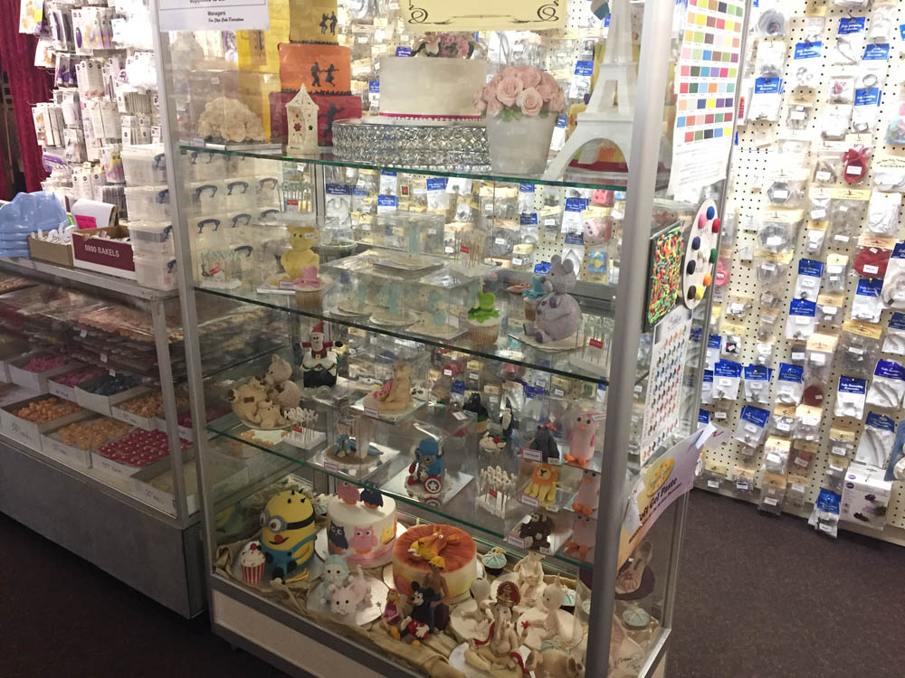 One Stop Cake Decorations   One Stop and You ve Got the Lot